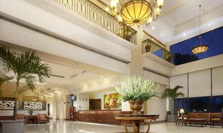 LOBBY Singgasana Hotel Makassar