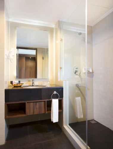 BATHROOM Best Western Papilio Hotel