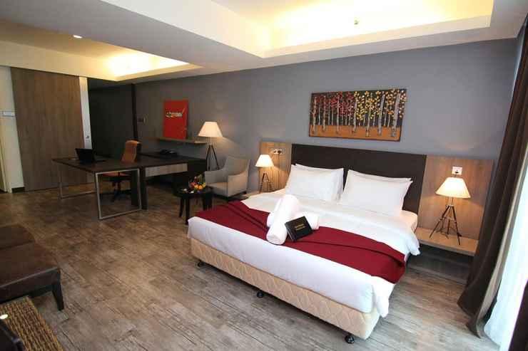 BEDROOM Nexus Regency Suites