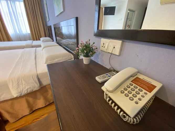 BEDROOM Queenspark Hotel