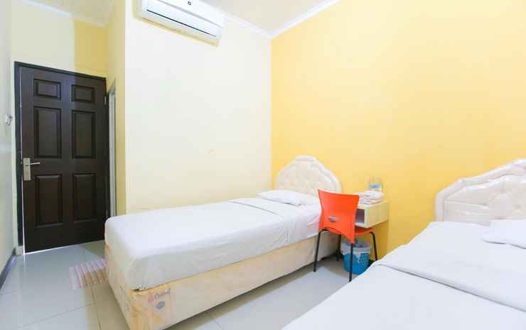 Galaxy Guesthouse Surabaya Surabaya - Standard Twin Bed