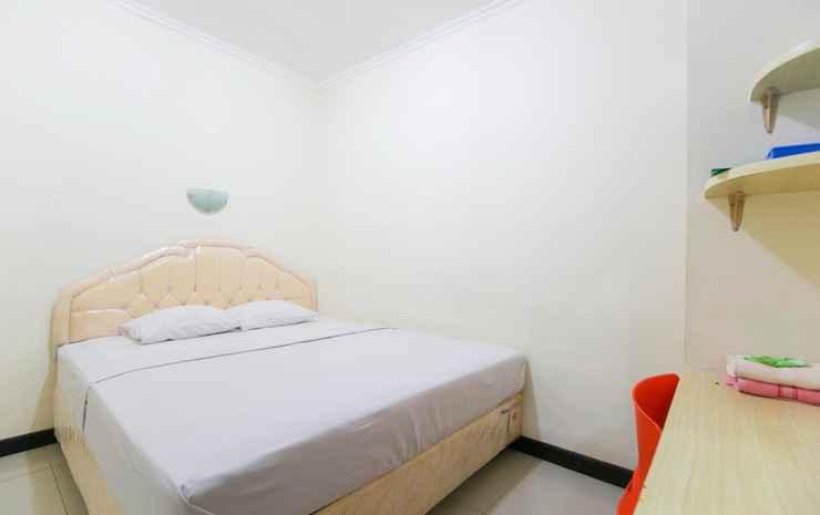 Galaxy Guesthouse Surabaya Surabaya - Deluxe Double Bed