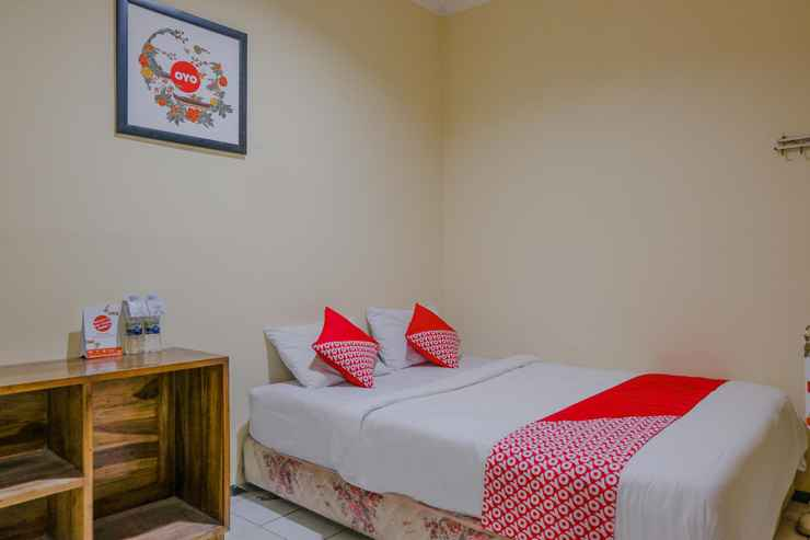 BEDROOM OYO 1851 Hotel Malang