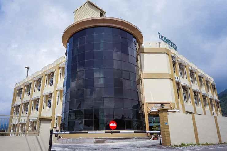 Exterior / Building Rangkayobasa Hotel Padang Panjang