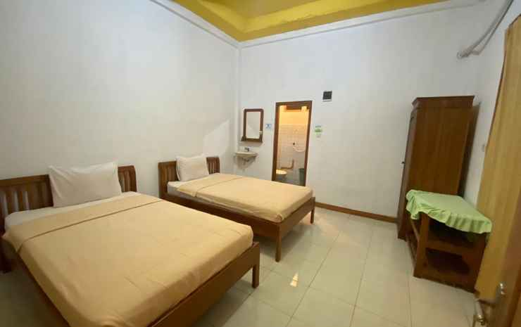 Surya Hotel - Labuan Bajo Manggarai Barat - Standard Fan - Breakfast FC