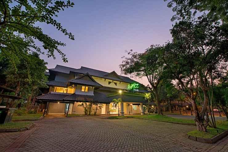 EXTERIOR_BUILDING Whiz Prime Hotel Darmo Harapan Surabaya