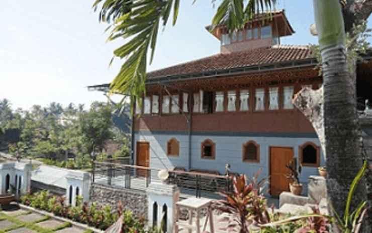 Villa Pendopo Arya Dhamar Sukabumi - Villa Sanjaya