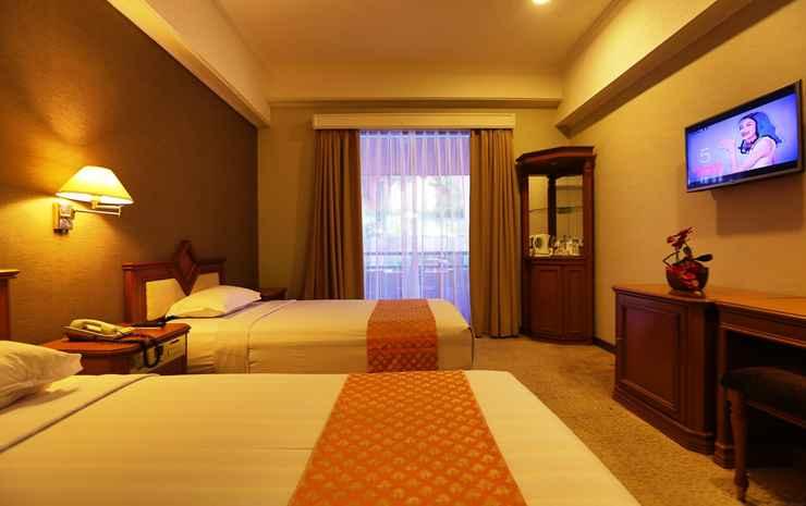 Royal Denai Hotel Bukittinggi - Deluxe Twin Bed