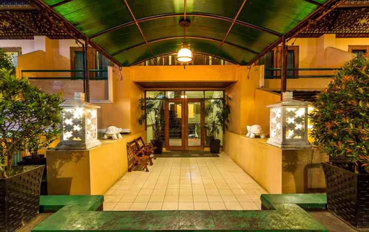 EXTERIOR_BUILDING Royal Denai Hotel