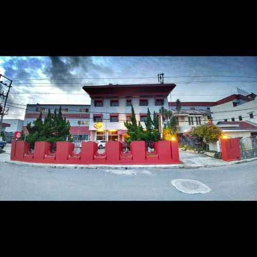EXTERIOR_BUILDING Hotel Quint Manado