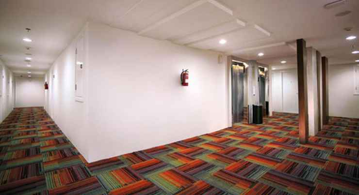 LOBBY Hotel Neo Mangga Dua by ASTON
