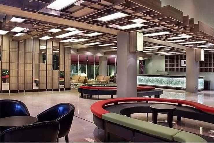 LOBBY Quest Hotel Simpang Lima - Semarang by ASTON