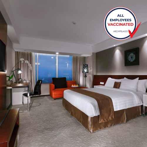 BEDROOM The Alana Yogyakarta Hotel & Convention Center