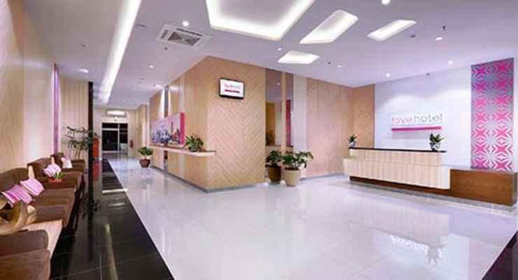 LOBBY favehotel Diponegoro Semarang