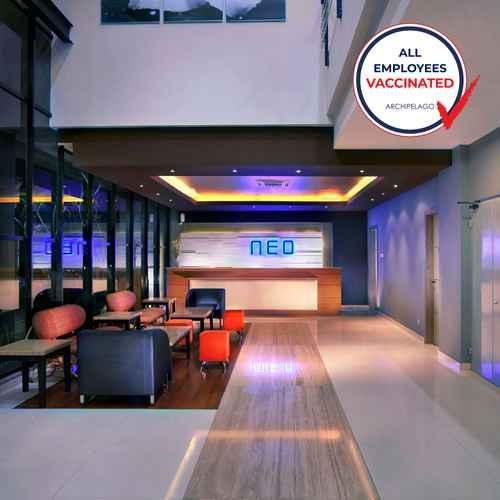 LOBBY Hotel Neo Candi Simpang Lima - Semarang by ASTON