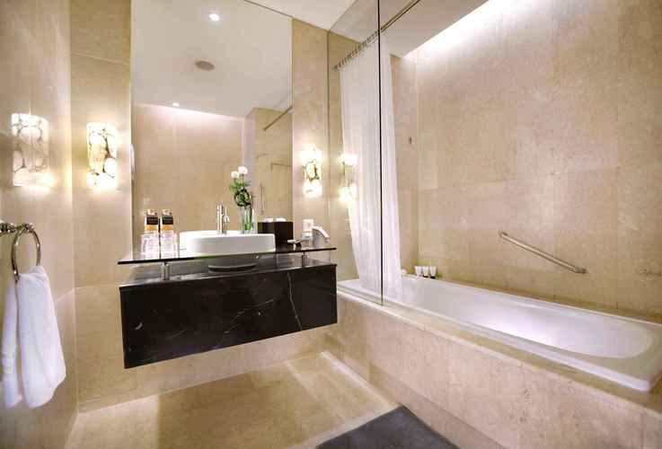BATHROOM The Grove Suites by GRAND ASTON