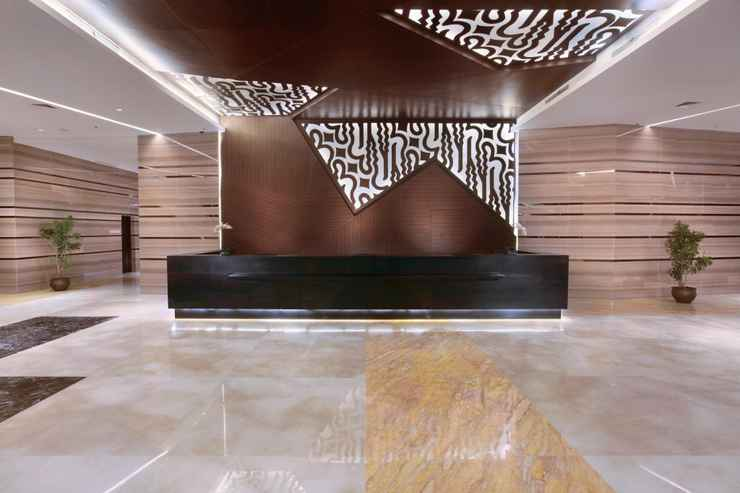 LOBBY The Alana Hotel and Convention Center - Solo by ASTON