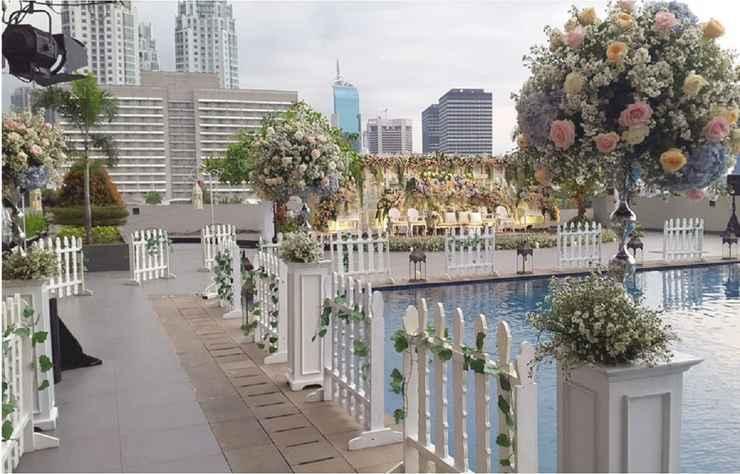 SWIMMING_POOL Royal Kuningan Hotel