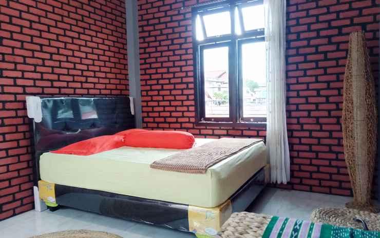 Kurnia Homestay Ternate - Standard Double Room
