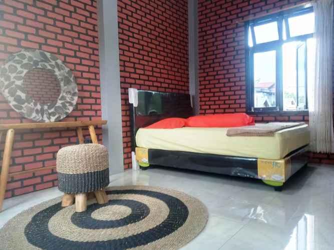 BEDROOM Kurnia Homestay