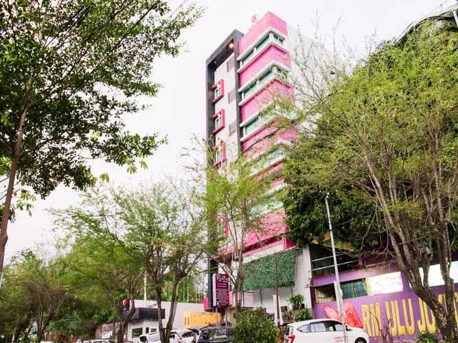 EXTERIOR_BUILDING Capital O 454 Raising Hotel