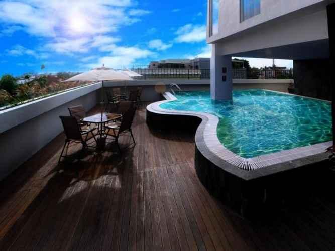 SWIMMING_POOL Favehotel Palembang