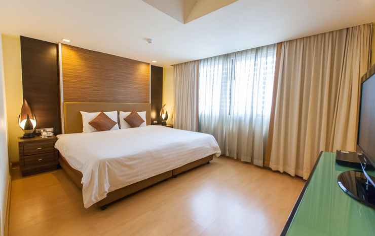 Aspen Suites Hotel Sukhumvit 2 Bangkok by Compass Hospitality Bangkok - Deluxe Room with Breakfast