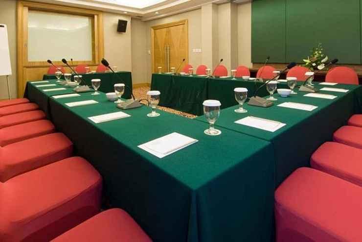 FUNCTIONAL_HALL Aston Manado Hotel