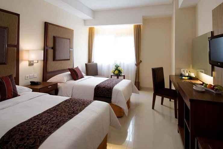 BEDROOM Aston Manado Hotel