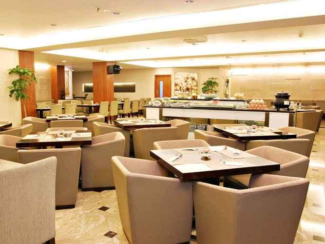 RESTAURANT Grand Cemara Hotel