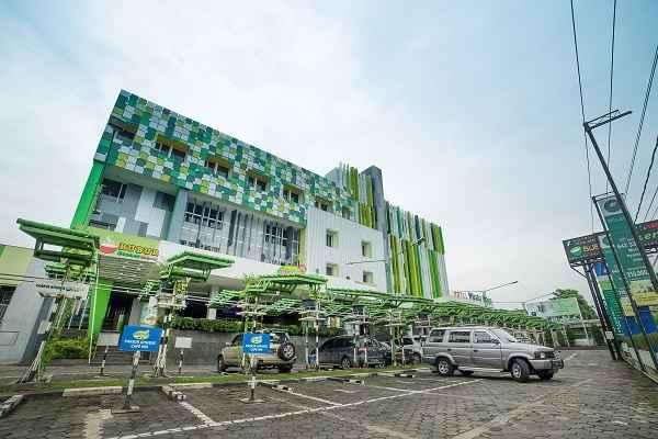 EXTERIOR_BUILDING Wisata Niaga Hotel