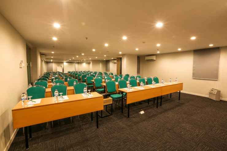 FUNCTIONAL_HALL Hotel Citradream Bintaro