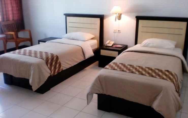 Paiton Resort Hotel 1 Probolinggo - Standard Twin Bed