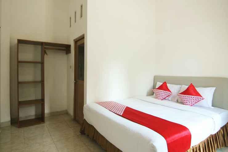 BEDROOM OYO 1456 Hotel Garuda