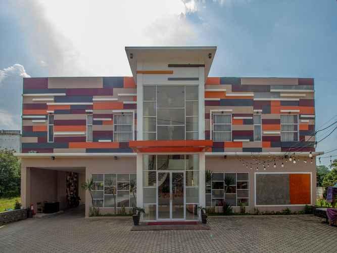 EXTERIOR_BUILDING Regency Hotel Pringsewu