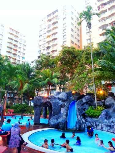 SWIMMING_POOL Malacca Hotel Apartment