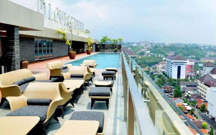 SWIMMING_POOL Louis Kienne Hotel Simpang Lima