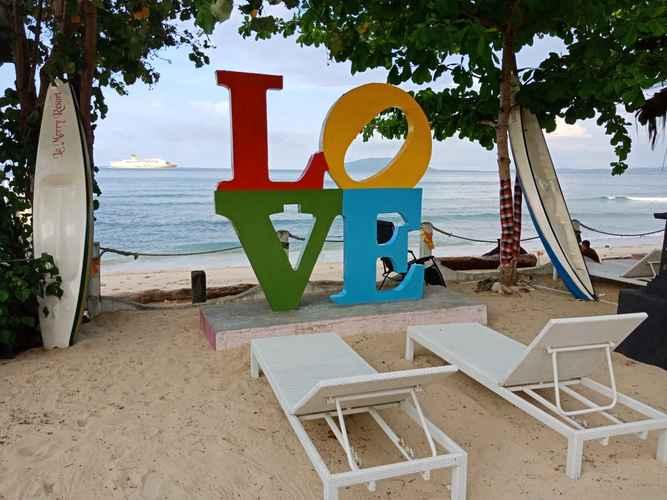 VIEW_ATTRACTIONS La Merry Resort
