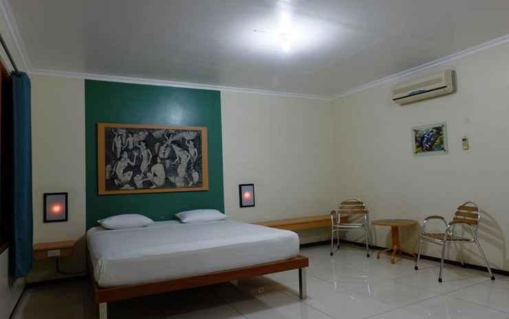 Kassanda Guest House Surabaya - VIP Double Room Only