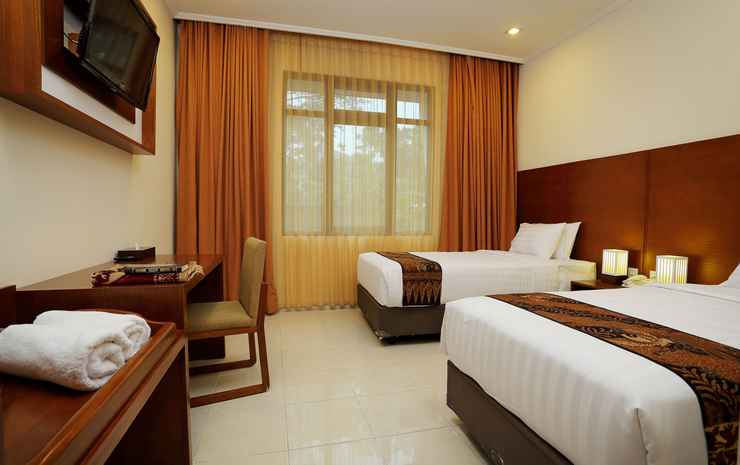 Multazam Syariah Hotel Solo - Superior Room Only