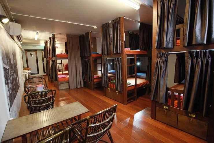 BEDROOM 60's Hostel