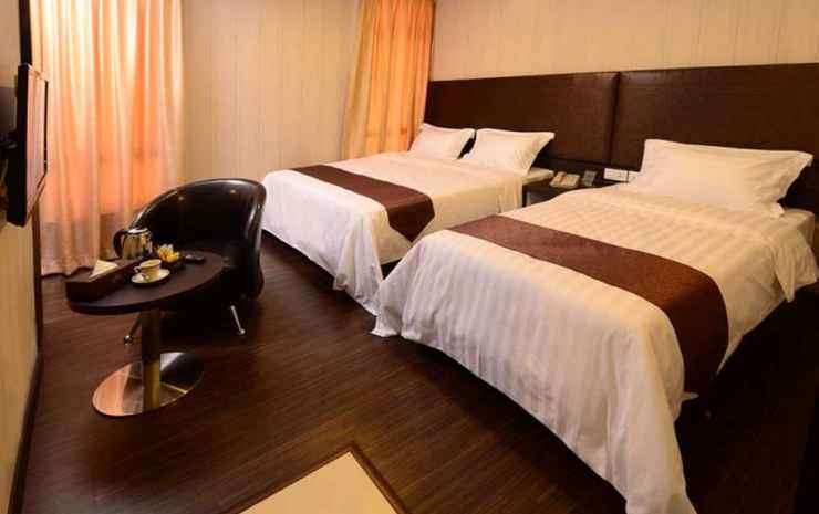 Hotel Nusa CT by Holmes Hotel Johor - Superior Triple Room (room only)
