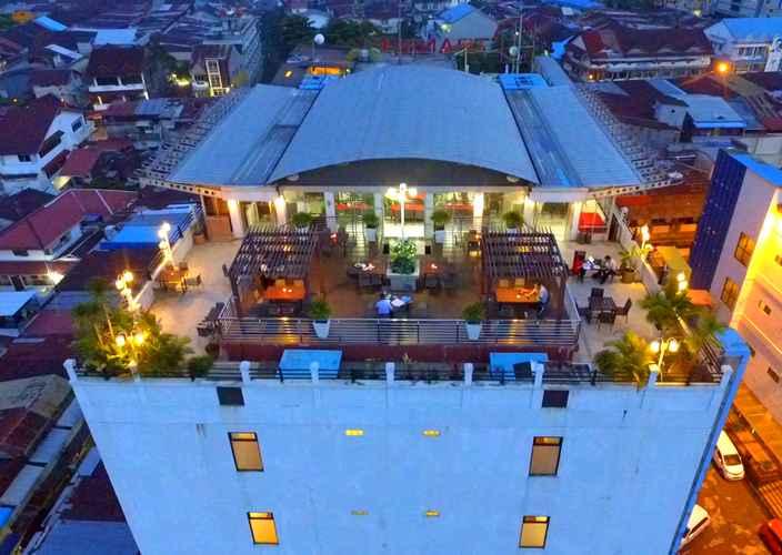 EXTERIOR_BUILDING Transera Hotel Pontianak