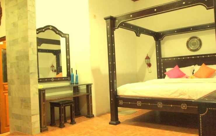 Pacific Beach Cottages Lombok - Deluxe Room with Double Bed