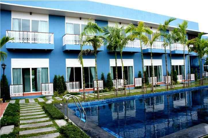 SWIMMING_POOL Baan Issara Resort Hua Hin