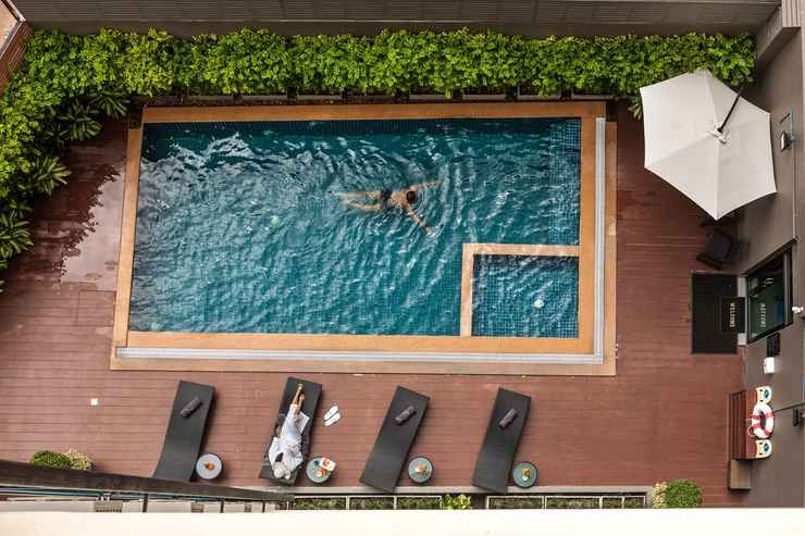 SWIMMING_POOL Cmor by Recall Hotels