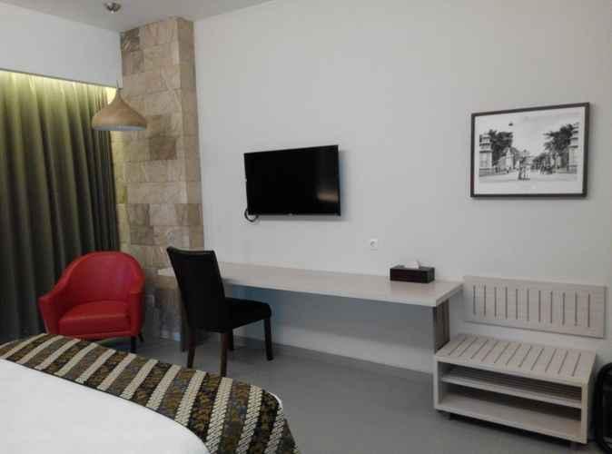 BEDROOM Grand Laguna Hotel & Villa Solo