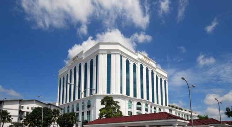 EXTERIOR_BUILDING Berjaya Waterfront Hotel