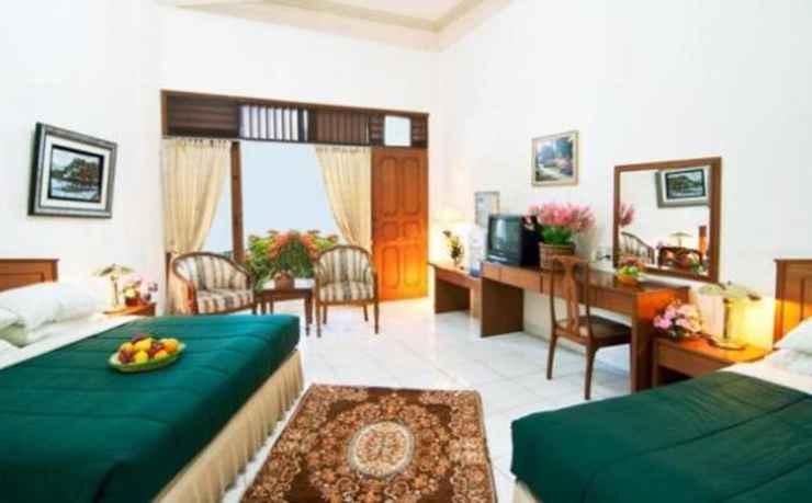 BEDROOM Delamar Palasari Indah Hotel & Restaurant