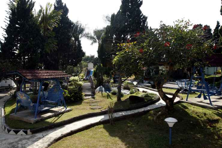 VIEW_ATTRACTIONS Hotel Indo Alam